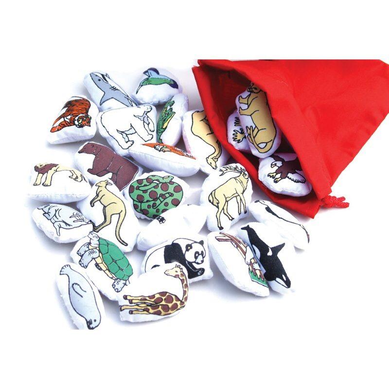 Animales-mundo-oskar-Ellen-monetes