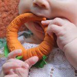 Mordedor de caucho - Cathy the Carrot -
