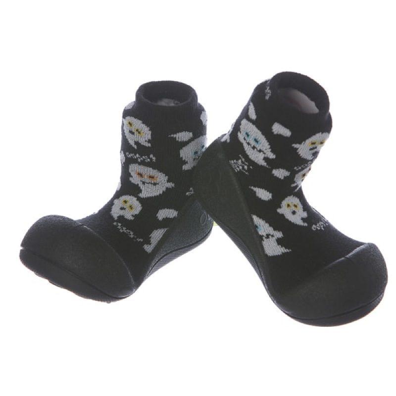 Zapatillas-attipas-halloween-negro-monetes1