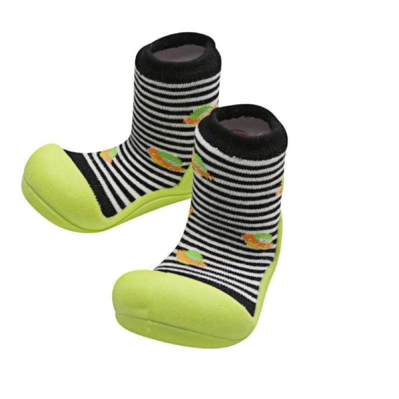 Zapatillas-attipas-ufo-negro-monetes1
