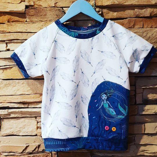 Camiseta -Sirena y Plumas-