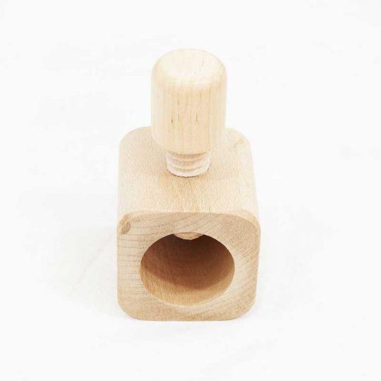 Cascanueces madera de haya cuadrado