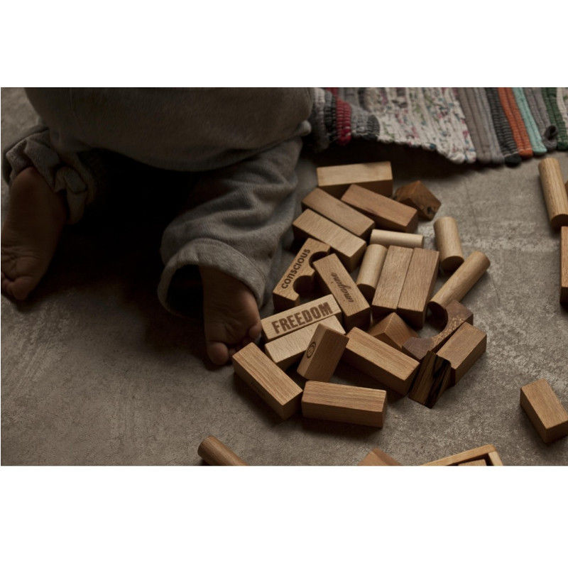peacelove-blocks-29pcs-wooden-story-monetes-4